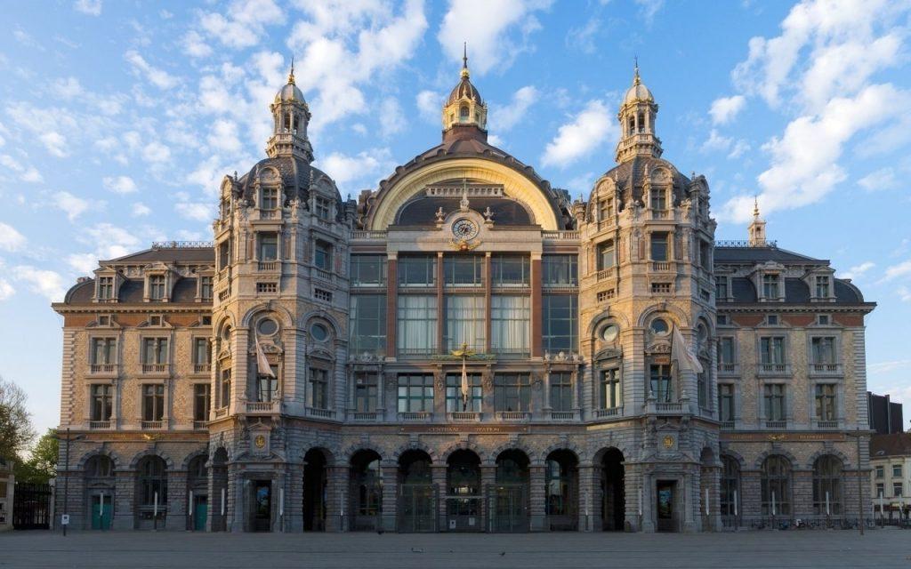 Antwerpen-Centraal © Точка ART