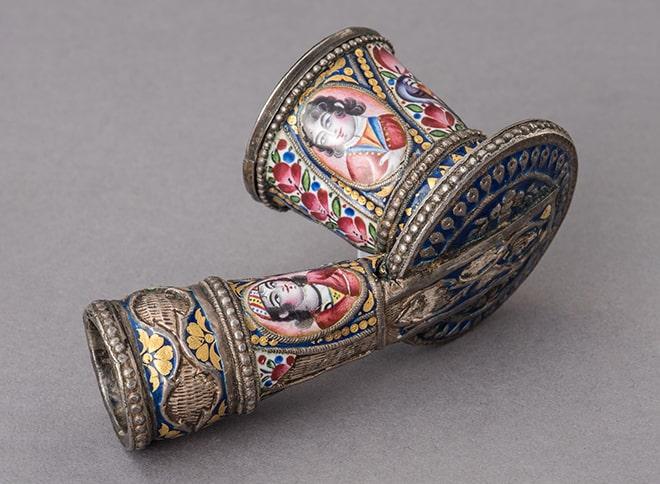 Чашка курительной трубки Иран, XIX в. Серебро, эмаль, ковка, пайка, позолота, роспись, резьба © ГМВ