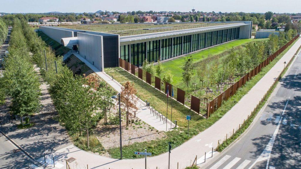 Проект стоимостью 120 млн долларов был спроектирован Британской архитектурной фирмой Rogers Stirk Harbour + Partners © architecturaldigest.com