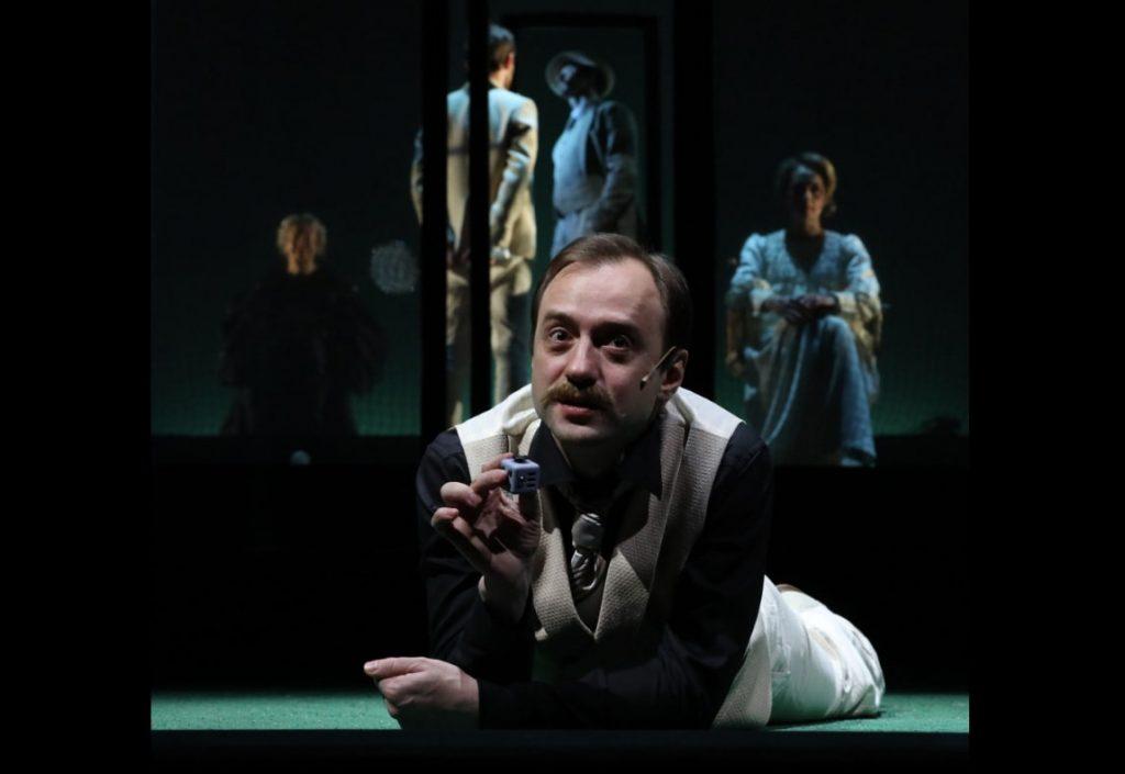 Иван Кандинов в роли Автора