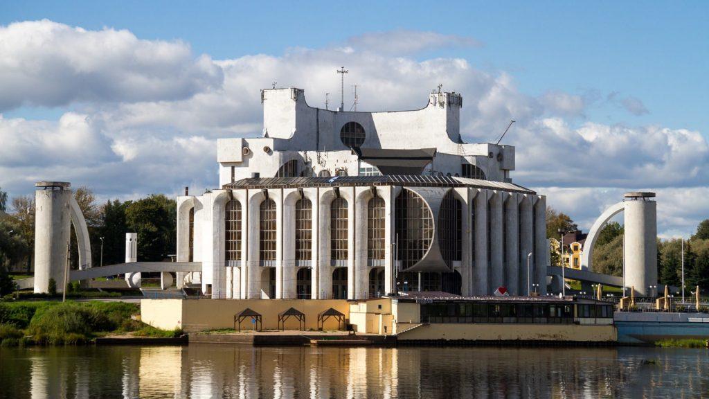Великий Новгород, театр драмы им. Ф.М. Достоевского © Точка ART