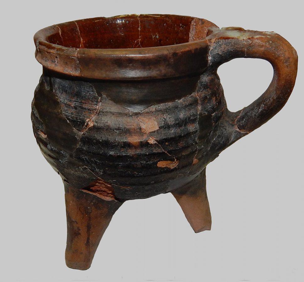 Артефакты, найденные на Охтинском мысу