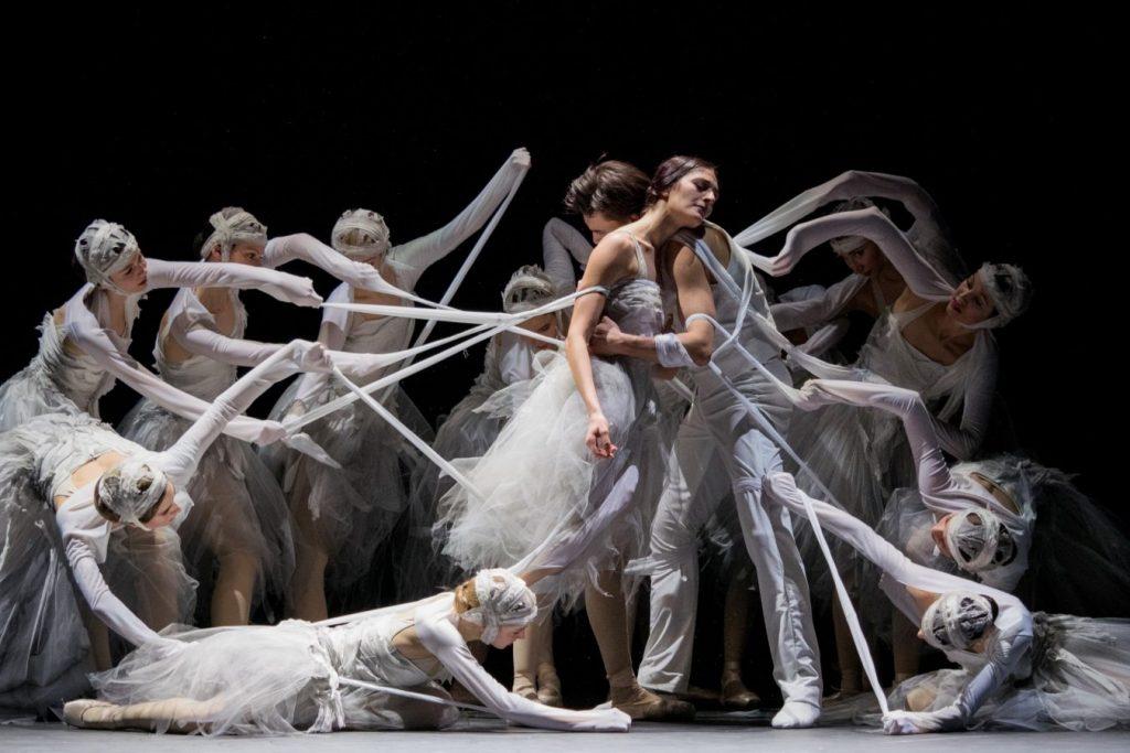 Сцена из балета «Жизель» © Wiener Staatsoper / Michael Pöhn