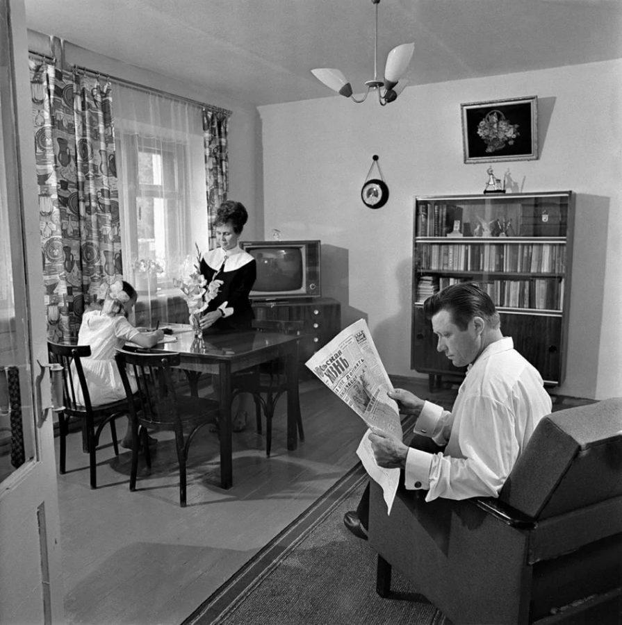 Интерьер советской квартиры, 1960-е. Фото из открытых источников