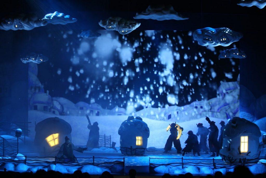 «Ночь перед Рождеством» Фото Наташи Разиной © Мариинский театр