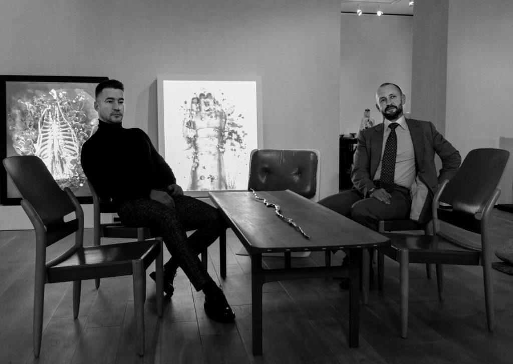 Сергей Лимонов (слева) и Денис Химиляйне (справа) © Anna Nova Gallery
