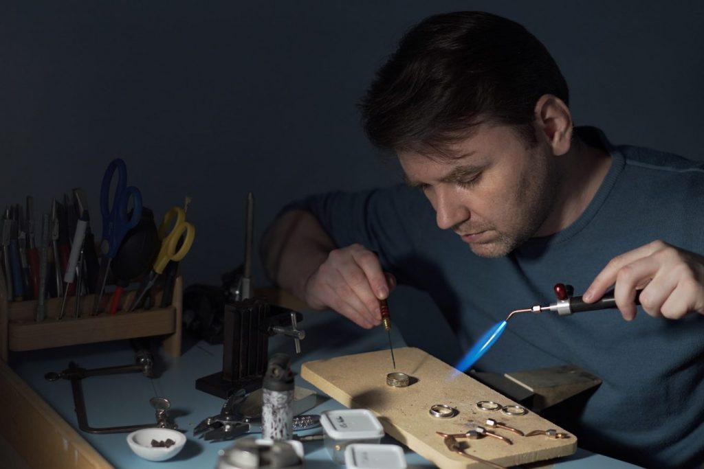 Школа Станислава Петрова учит новым технологиям на базе классических ювелирных приемов © Фото из личного архива ювелира