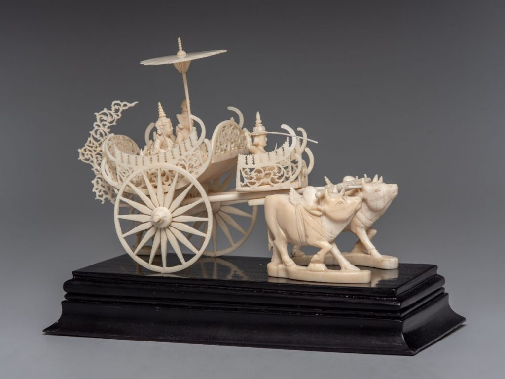 Выставка «Оттенки белого. Косторезное искусство Востока» © музей Востока