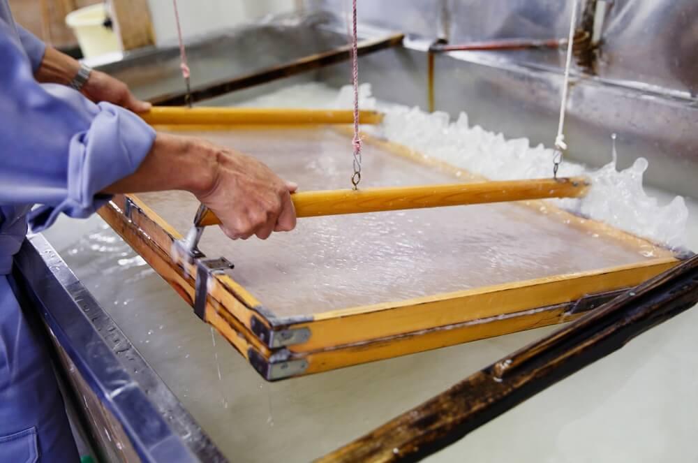 Процесс изготовления бумаги васи © orientalsouls.com
